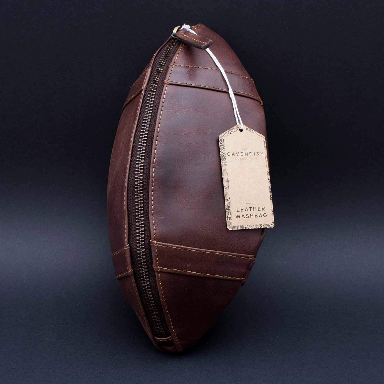 Brown BRAND 1001720 un thumbs UP The Cavendish Collection - Le cadeau parfait pour les amateurs de sport cuir trousse de toilette dans la conception de football am/éricain