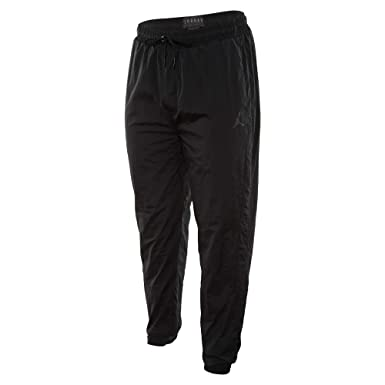 5a7e798f1f88 NIKE Men s Jordan Sportswear Diamond Black AQ2686-010 at Amazon Men s  Clothing store
