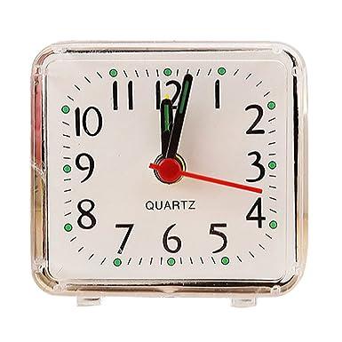 Amazon.com: Reloj de alarma de cuarzo compacto de viaje con ...