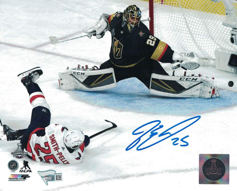 Devante Smith-Pelly Autographed Washington Capitals 8x10 Photo FAN