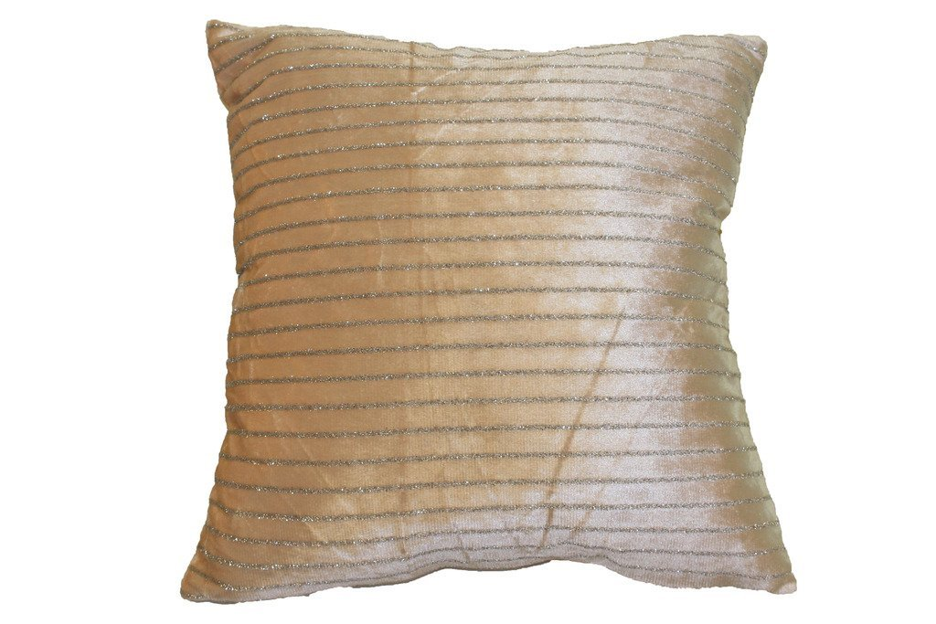 HomeCrate Luxurious Velveteen Vintage Collection 18'' X 18'' Decorative Throw Pillow, in Gold