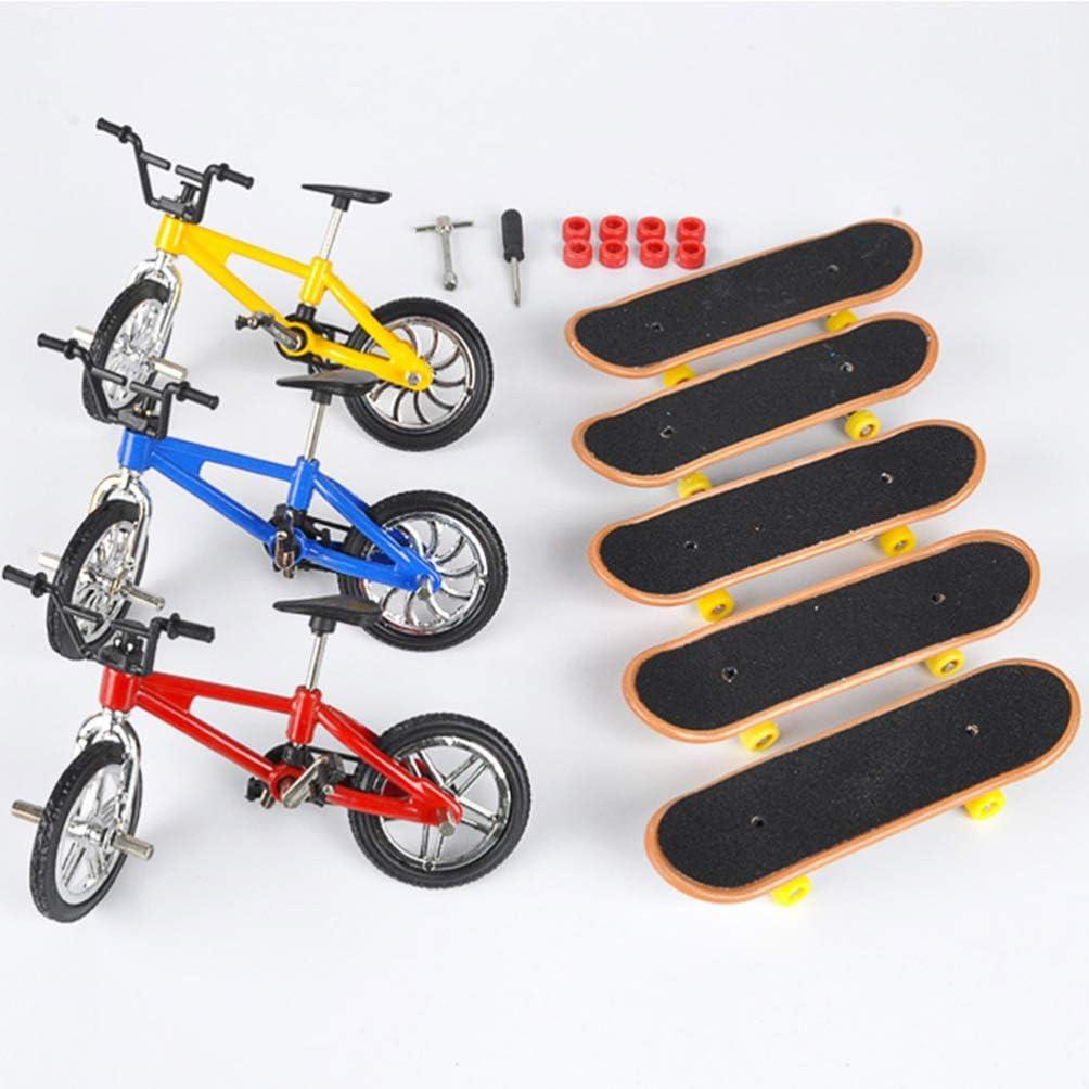 BESPORTBLE Mini Patinetas de Dedo Y Bicicletas Set Juguetes de Movimiento de La Yema del Dedo de La Bicicleta del Dedo para Ni/ños Favores de La Fiesta de Cumplea/ños de Los Ni/ños Patr/ón Aleatorio