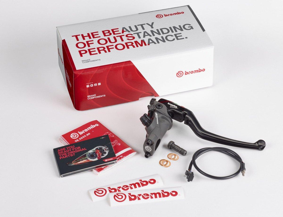 BREMBO 110C74010 CORSA CORTA RCS19 BRAKE Mastercylinder w/Folding Lever, 110.C740.10 - USA DEALER
