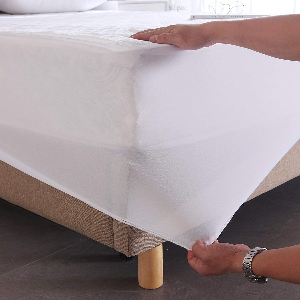 Exclusivo Mezcla 100% Cotton Quilted Bed Cover Fitted Twin Size Mattress Protector/Cover(39'' x 75'')- Waterproof, Noiseless& Hypoallergenic by Exclusivo Mezcla (Image #4)