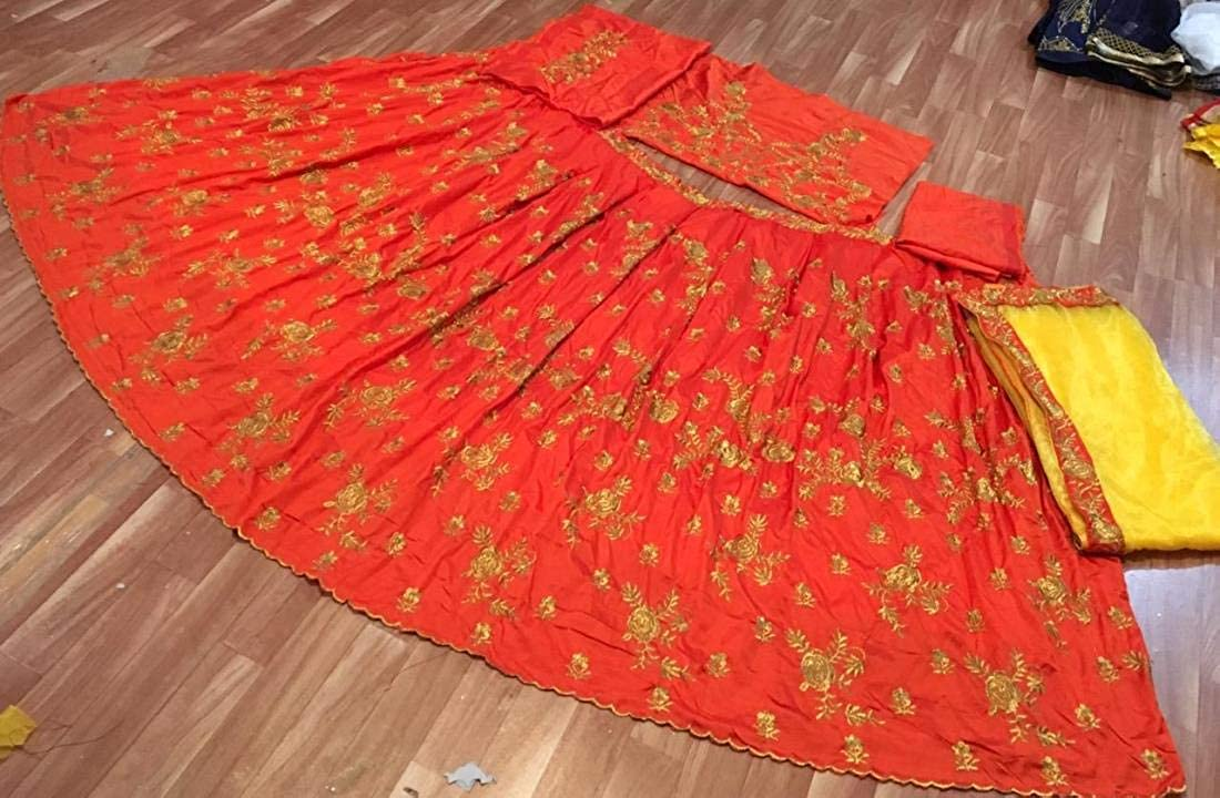 JUPITER FASHNET Tapeta Silk avec Broderie Miroir Travail Semi Cousu Couleur Rose Lehenga Choli