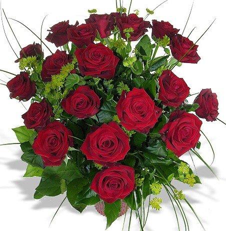 Rosenstrauss Aus 12 Roten Rosen Amazon De Garten