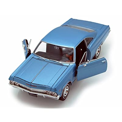 Welly 1965 Chevy Impala SS396 1/24 Scale Diecast Model Car Blue: Toys & Games