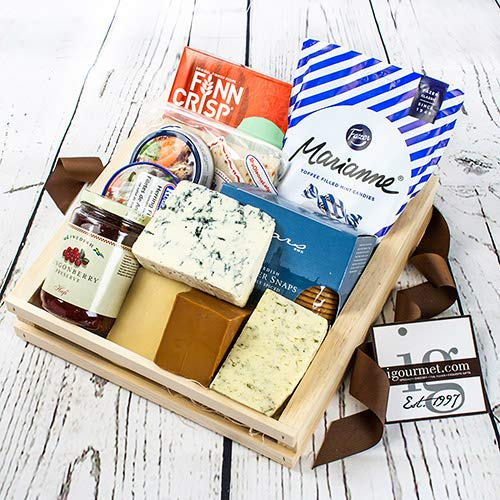 Scandinavian Premier Gift Basket (7 pound)