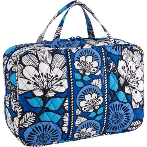 best vera bradley grand cosmetic bag,2017 review,market,What is the best vera bradley grand cosmetic bag out there on the market? (2017 Review),