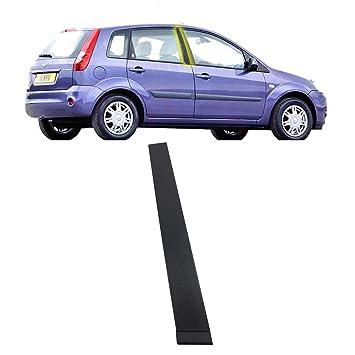 Moldura para la parte exterior de la puerta delantera RH del Ford Fiesta MK6 . versión de 5 puertas