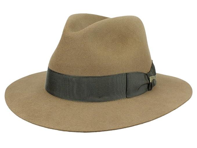 Classic Indiana Jones marrón Fedora sombrero de fieltro con Papá Noel de  Mayser Marrón marrón  Amazon.es  Ropa y accesorios 60c788764c1