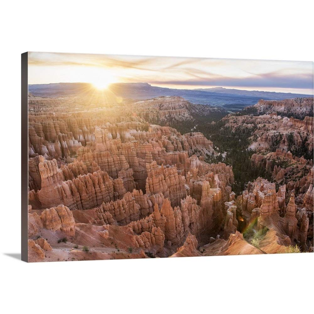 greatBIGcanvas Gallery-Wrapped Canvas Entitled Sunlight on The Horizon Over Bryce Canyon Amphitheater, Utah Circle Capture 24''x16''