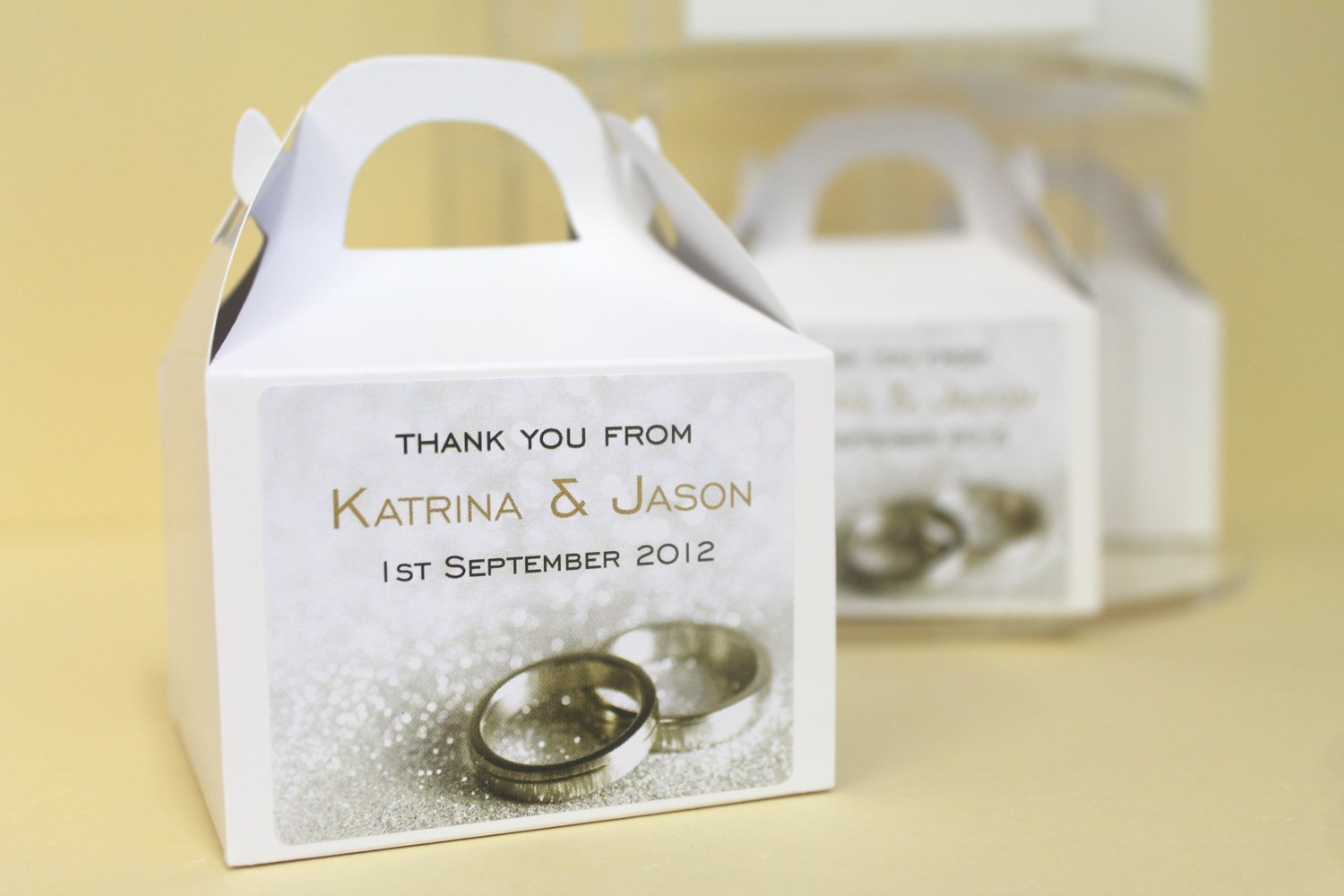 Pack of 60 PERSONALISED Wedding Favours / Cup Cake Boxes (Flat ...