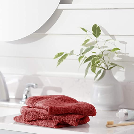 AmazonBasics Fade-Resistant Cotton Washcloths - Pack of 12, Crimson Red