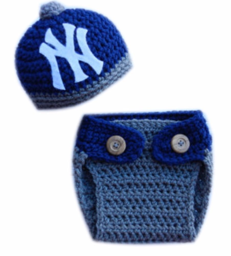 ce40cc58b Amazon.com: Yankees Baseball Team Logo Crochet Baby Hat and Diaper ...