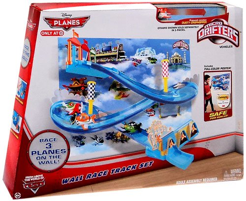 Disney Planes Micro Drifters Wall Race Track Set (includes Dusty Micro Drifter)