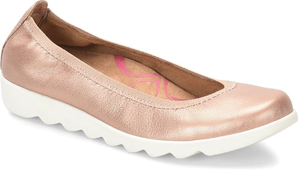 Comfortiva Womens Grace Leather Closed Toe Ballet Flats