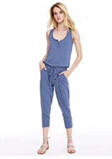 ef0241fe6d71 Amazon.com  bobi Sleeveless Scoop Drawstring Crop Jumpsuit  Clothing