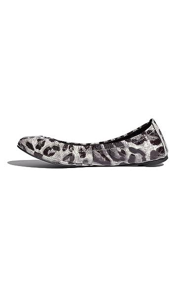 8bd1fe5265ec5 Amazon.com  Tory Burch Eddie Patent Leather Leopard Flats Shoe ...