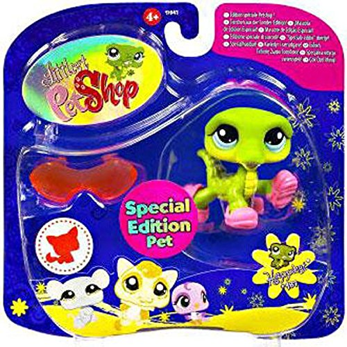 - Littlest Pet Shop Special Edition Pet Happiest #987 Alligator (Crocodile) with Slippers and Sunglasses