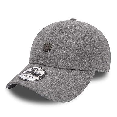 67194dfe3b2 New Era Brooklyn Nets 9forty Adjustable Pin Badge Baseball Cap  Grey    Amazon.co.uk  Clothing