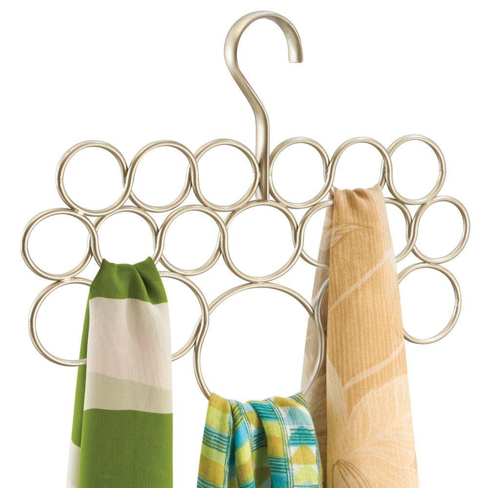 InterDesign Axis Organizador de pañuelos con 18 anillos, perchero organizador de metal para chales, pañuelos, corbatas, etc., color champán mate