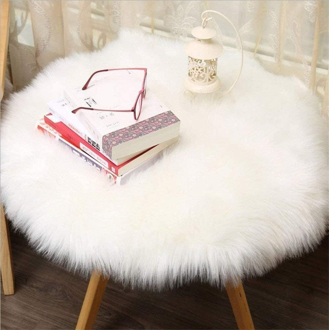 HEQUN Circular Faux Fur Sheepskin Style Rug Faux Fleece Chair Cover Seat Pad Soft Fluffy Shaggy Area Rugs For Bedroom Sofa Floor (White, 60 X 60 CM)