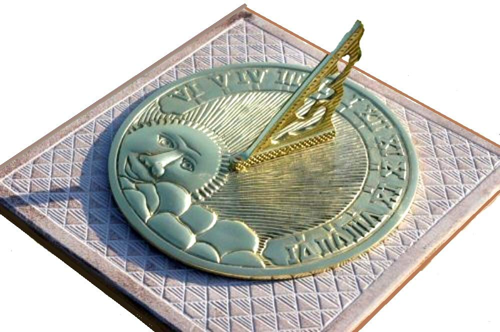 ANTIQUECOLLECTION Solid Polished Brass 'Rising Sun' Sundial - 200mm 8'' Diameter