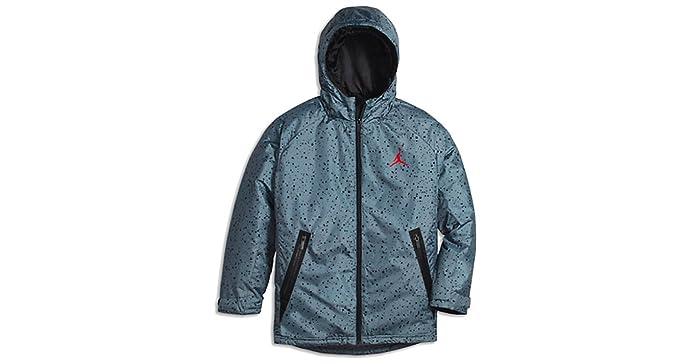 f2df8192bb2e Amazon.com  Nike Jordan Boys Padded Jacket  Sports   Outdoors
