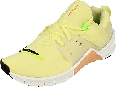 Brutal estación de televisión Asistente  Amazon.com | Nike Women's Free Metcon 2 Amp Fitness Shoes | Fitness &  Cross-Training