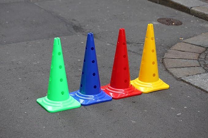 1 opinioni per Set di 4 coni marcatori forati, 50 cm, 4 colori- CONO PLASTICA OSTACOLI BAMBINI