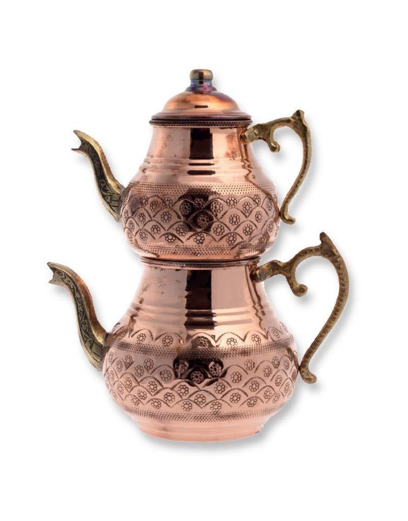 Tetera turca tradicional hecha a mano martillada