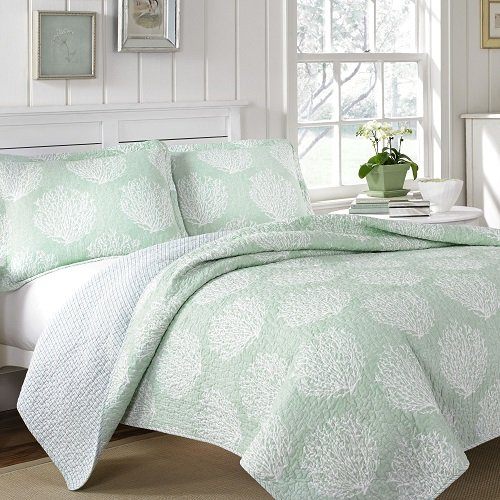 Laura Ashley Mist Reversible Quilt Set, Twin, Floral, Coral (Coral Mist)