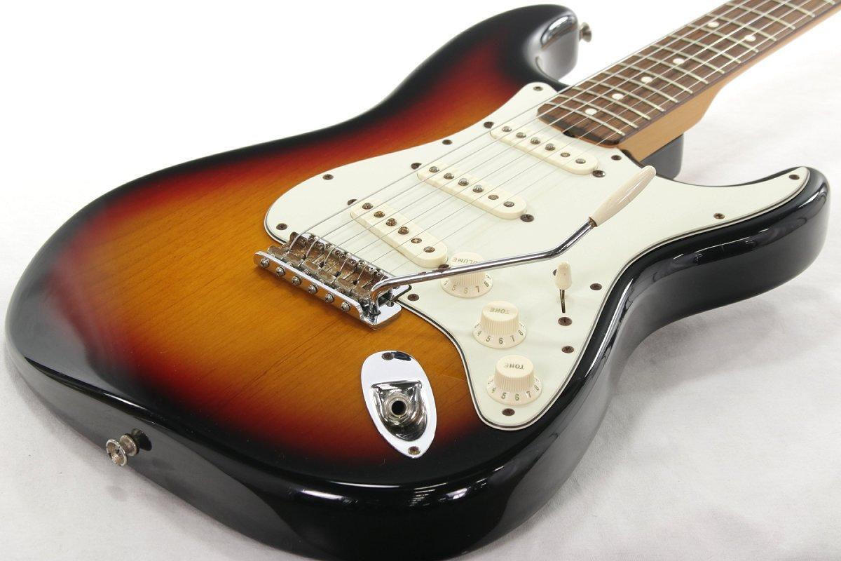 Fender/American Vintage 62 Stratocaster 3-Color Sunbusrt フェンダー B07D7QZH4X