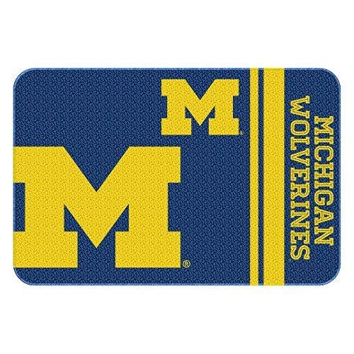 - Northwest COL 336 20x30 NOR-1COL336000021WMT 20 x 30 Michigan Wolverines NCAA Tufted Rug