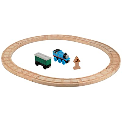 Fisher-Price Thomas & Friends Wooden Railway, Oval Starter Set: Toys & Games