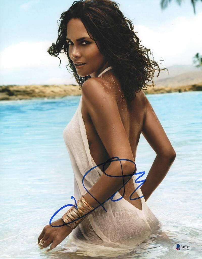 HOT SEXY HALLE BERRY SIGNED 11X14 PHOTO AUTHENTIC AUTOGRAPH BECKETT COA J  at Amazon's Entertainment Collectibles Store