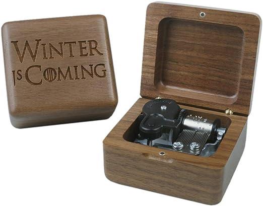 Nieuw Amazon.com: Sinzyo Walnut Wood Game of Thrones Music Box Retro EO-23