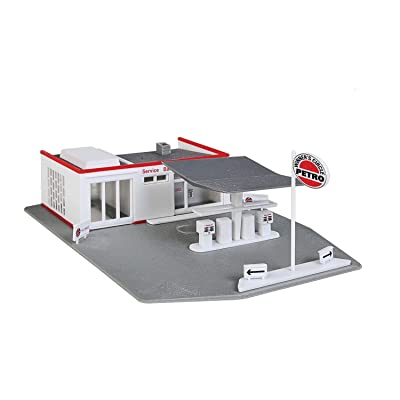 Walthers Trainline HO Scale Model Gas Station Kit: Toys & Games