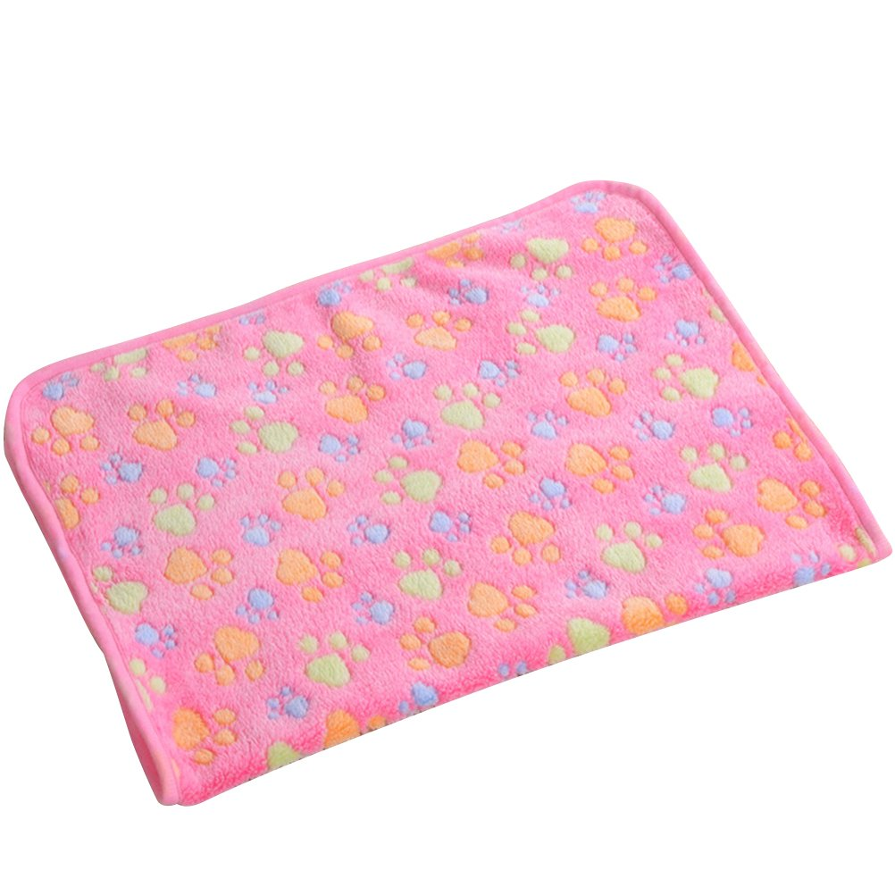 UEETEK Puppy Blanket Pet Cushion Small Dog Cat Bed Soft Warm Sleep Mat Pet Dog Cat Puppy Kitten Soft Fleece Blanket Paw Print Cushion (Pink)