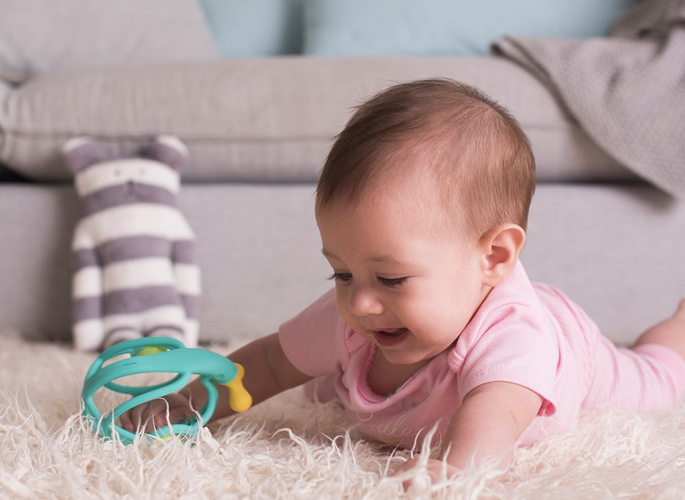 Baby-To-Love Hochet de dentition Escargot 3D rose