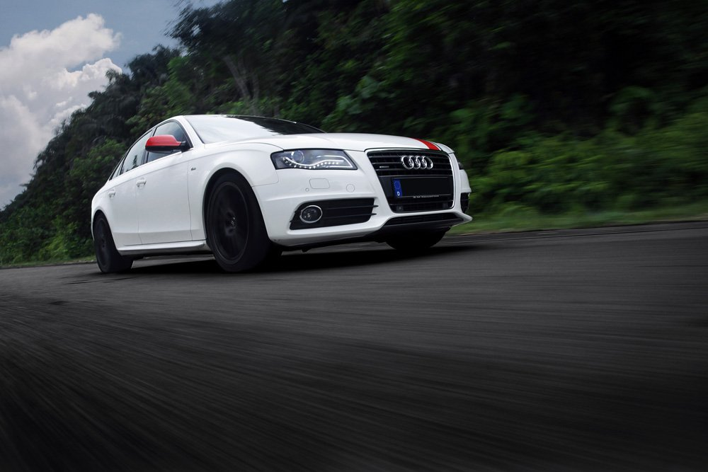 Amazon.com: Poster of Audi A4 Turbo Right Front HD 18 X 12 Inch Print: Posters & Prints