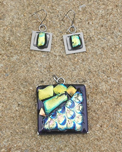 Beautiful handmade jewelry set, necklace and earrings dichroic glass - Beautiful Handmade Dichroic Glass Pendant