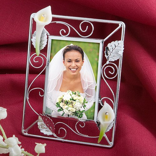 Splendid Calla Lily Design Picture Frame Wedding Favors ()