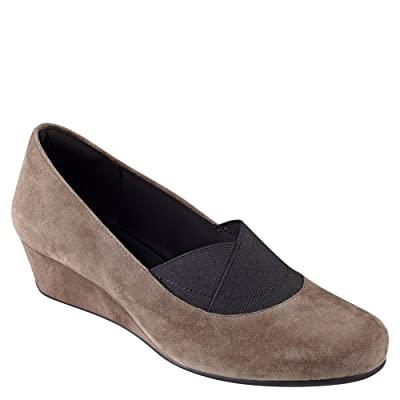 Easy Spirit Women's Davani Wedge Pump | Pumps