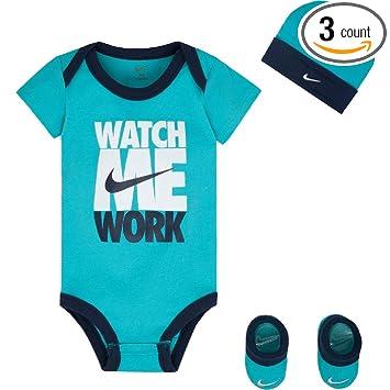 fee225a19fac6 Amazon.com: Nike Infant Boys' Watch Me Work 3 Piece Set 0-6 Months ...