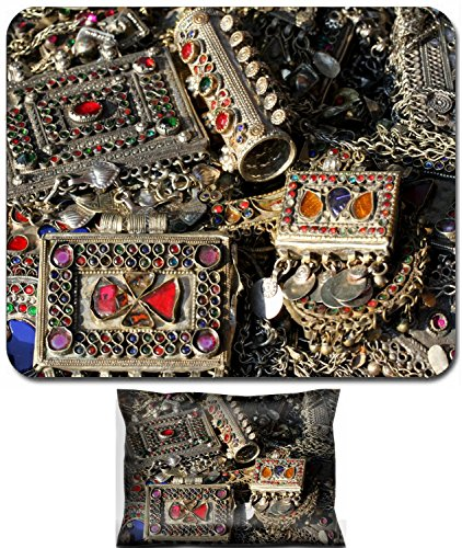 Liili Mouse Wrist Rest and Small Mousepad Set, 2pc Wrist Support ancient bracelet and various vintage metal jewelry and gemstones for sale at flea market in Italy 29170601