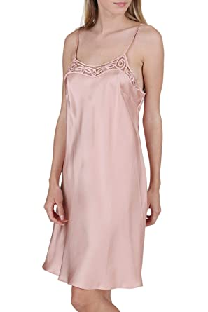 30b5a307599 OSCAR ROSSA Women s Luxury Silk Sleepwear Dress 100% Silk Slip Chemise  Babydoll Lingerie Nightgown at Amazon Women s Clothing store
