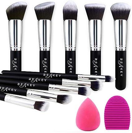 BEAKEY Set de Brochas de Maquillaje Profesional, Synthetic Kabuki Premium para Base Polvos Colorete Contorno, con Esponja y Limpiador de Cepillo (10+2 Piezas, Negro/Plateado): Amazon.es: Belleza