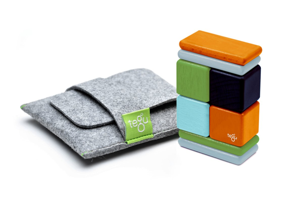 8 Piece Tegu Pocket Pouch Magnetic Wooden Block Set, Natural A-10-011-SJG